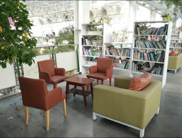 Artemis Garden library